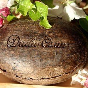 Dudu-Osun Schwarze Seife 150g und Dudu-Shea planetbox  shop   vegan  planetbox du entscheidest   ohne tierversuche