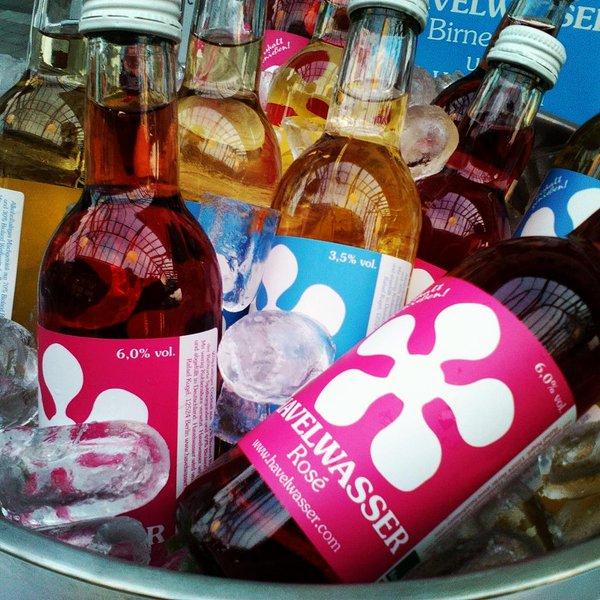 havelwasser rose   planetbox  shop   planetbox  du entscheidest de   vegan  bio   weinhaltiges  getränk