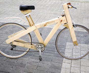 bauen mit holz ein fahrrad oder ein haus aus lego. Black Bedroom Furniture Sets. Home Design Ideas