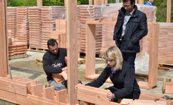 Bauen Mit Holz Ein Fahrrad Oder Ein Haus Aus Lego Haben Wohl Die
