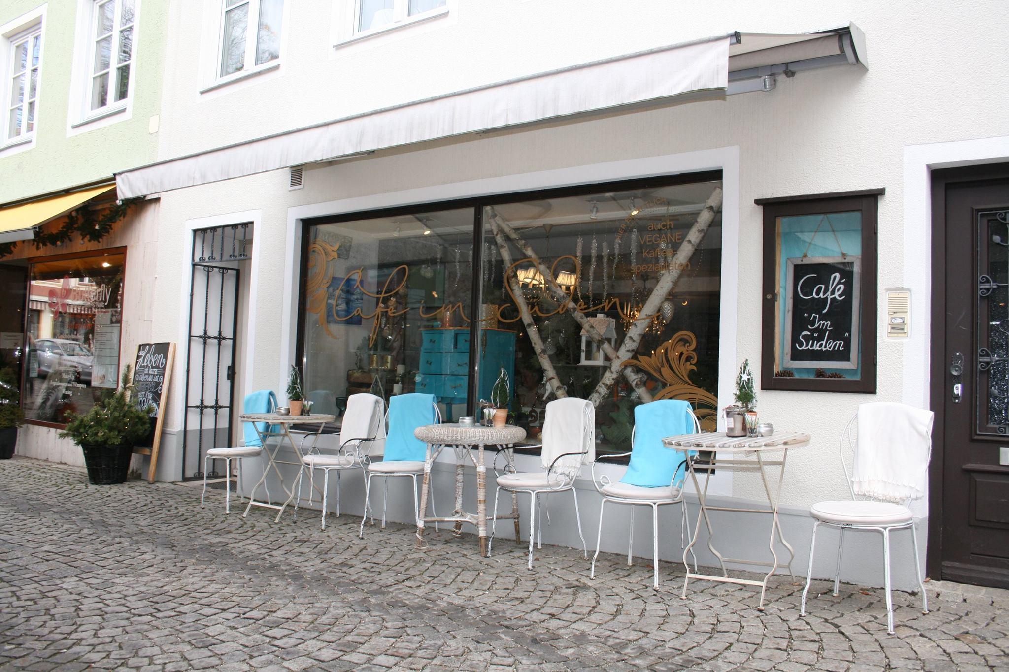 Cafe Im Suden Bad Tolz Vegan Kuchen Geback Pralinen Deko